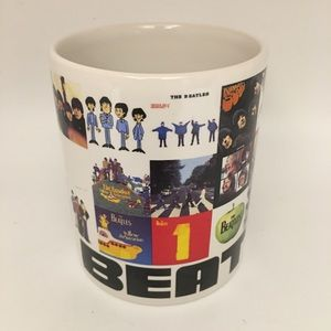 Beatles Love Mug souvenir.